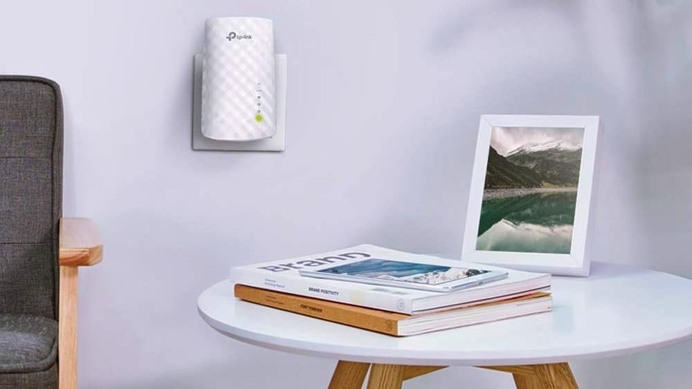 amplificador de wifi en un enchufe